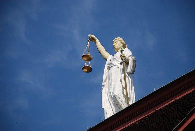 Rechtsansprüche im Auge behalten